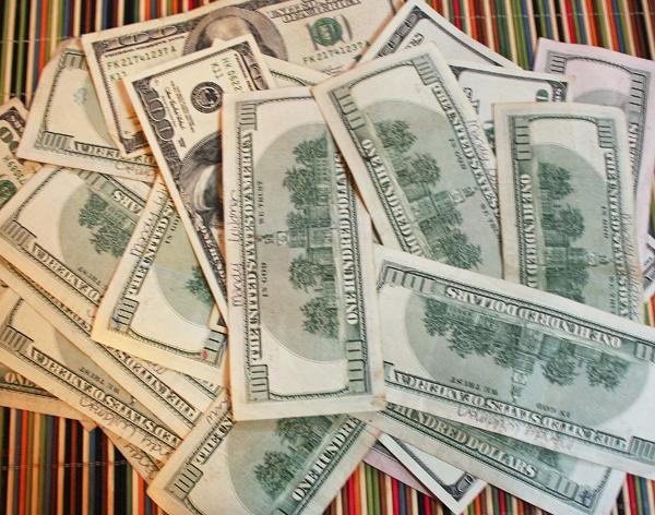 Money Saving Tips with Mandy Wildman